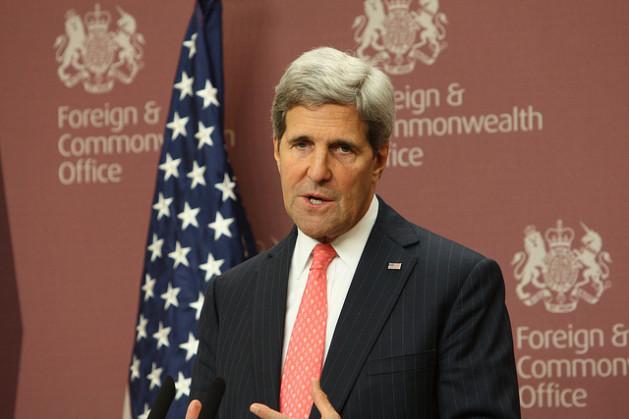 secretario1 Estados Unidos caminham sobre gelo fino no Oriente Médio