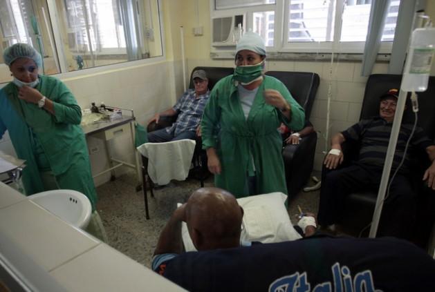 Cuba cáncer 001 629x423 O câncer esvazia os bolsos das famílias cubanas