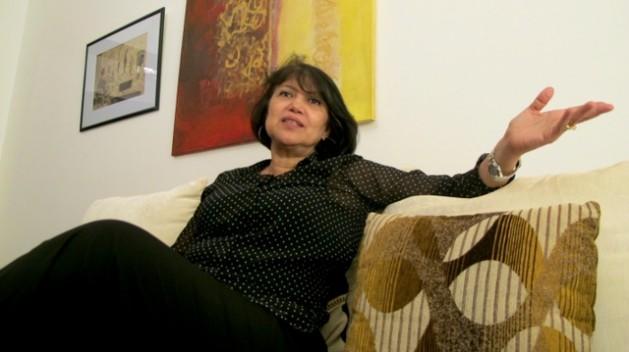 """Aicha """"As mulheres líbias não passam de pilhagem de guerra"""""""