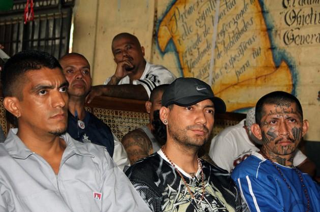 Salvador chica 629x418 Novo governo de El Salvador diante do quebra cabeças das gangues