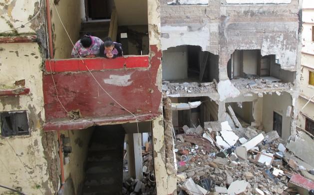 1150 Um Líbano dividido teme contágio de conflitos na Síria e no Iraque